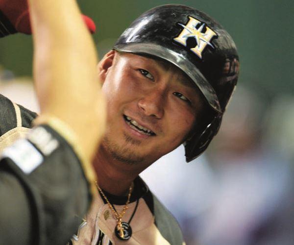 中田翔 年俸 2016 予想 推移