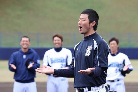 DeNA 2018 キャンプ 沖縄 選手宿泊ホテル サイン 貰う ココ