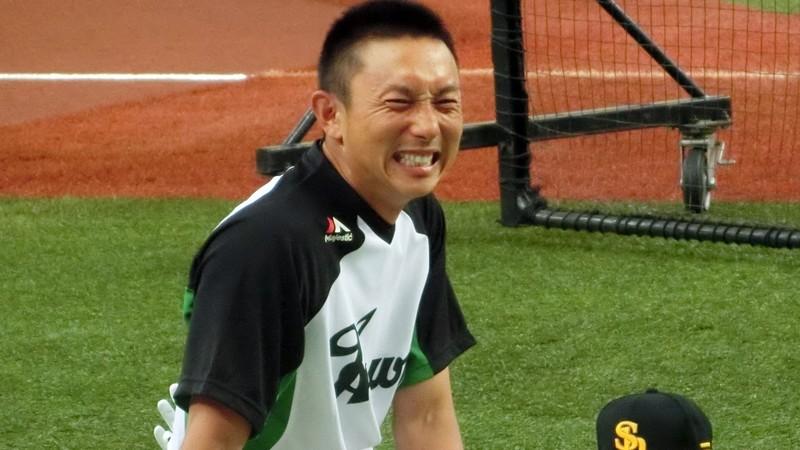 川崎宗則 現在 怪我 状況 引退 契約更改 どうなる